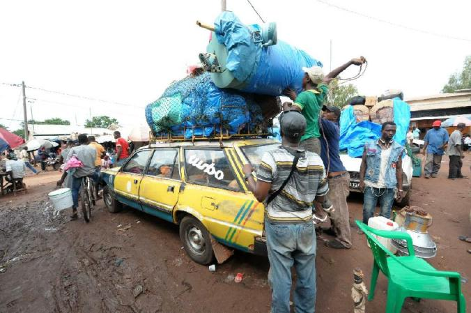 Typical Guinean bush taxi